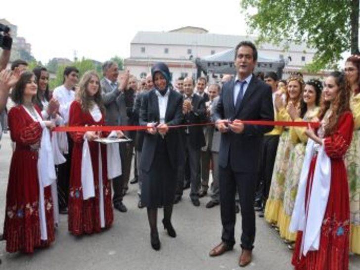 Beü'de Stant Açılışı Yapıldı