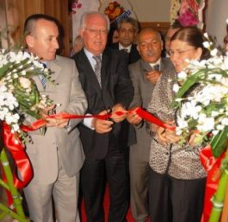 Dr. Neval Sarıoğlu muayenehane açtı