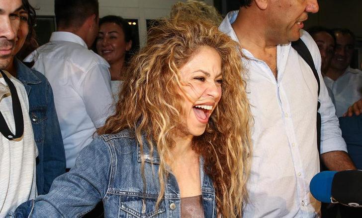 Shakira'ya İstanbul'da baklavalı karşılama!