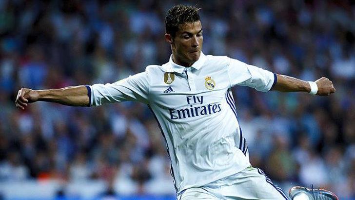 Cristiano Ronaldo Real Madrid'de iz bıraktı