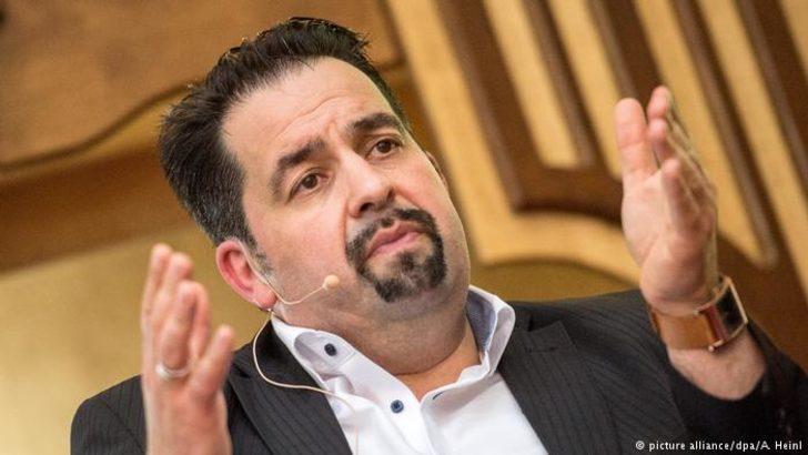 Mazyek: Futbol federasyonu başkanı istifa etmeli