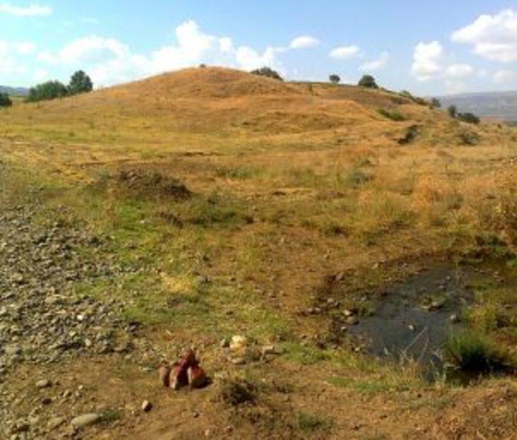 Bingöl'de 3 bin yıllık höyük bulundu