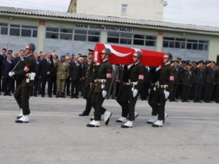 Şehit Jandarma Uzman Çavuşa Tören