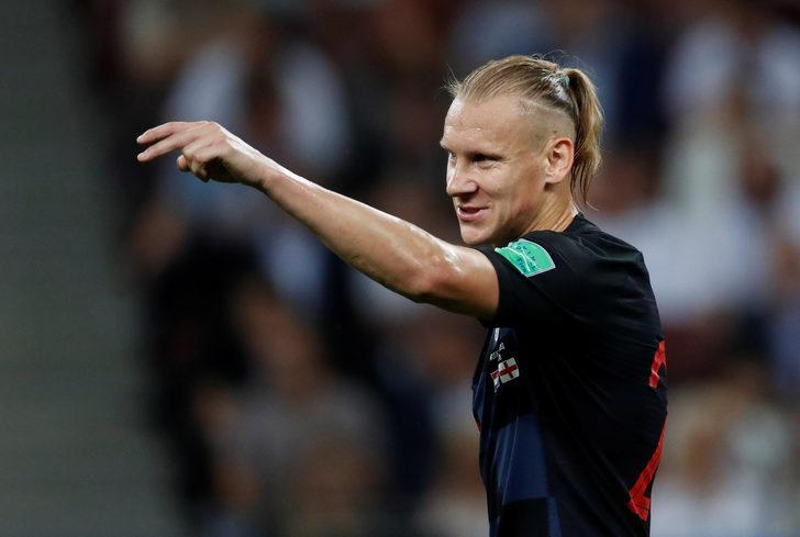 Hırvatistan - İngiltere maçında Vida ıslıklarla protesto edildi!