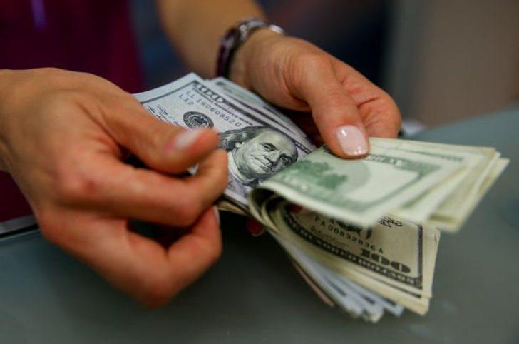 Dolar ne kadar? Rekor kıran dolar daha yükselecek mi yoksa düşecek mi?