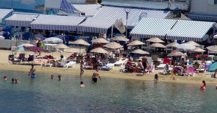 2 bin 500 kişinin yaşadığı adada 100 bin kişi tatil yapıyor