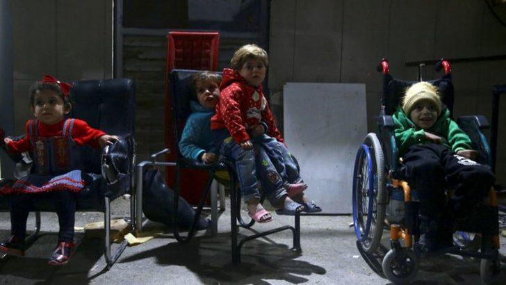 'Suriye'nin Güneyinde 200 Binin Üzerinde Kişi Tıbbi İmkanlardan Mahrum'