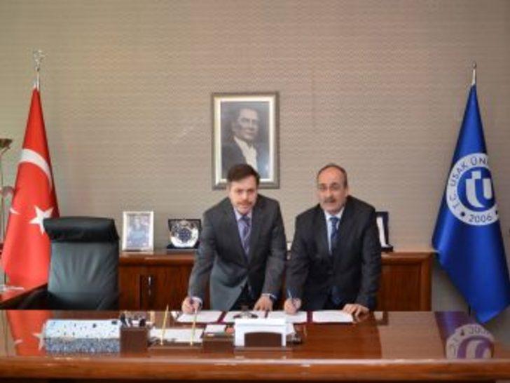 Uşak Üniversitesi Ve İl Milli Eğitim Müdürlüğü Arasında Protokol Imzalandı