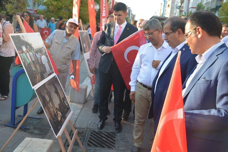 Uşak'ta 15 Temmuz konulu fotoğraf sergisi açıldı