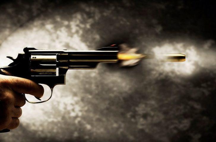 Çankırı'da alkollü muhtar, Belediye Başkan'ın eşi Nazhanım Çayır ve CHP İlçe Başkanı Ufuk Geyikçi'yi vurdu