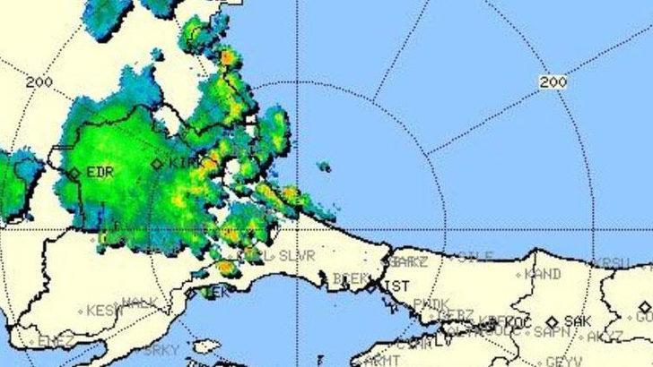 Meteoroloji'den İstanbul için yağış uyarısı! Marmara'da Edirne'yi vuran şiddetli sağanak İstanbul'a geliyor