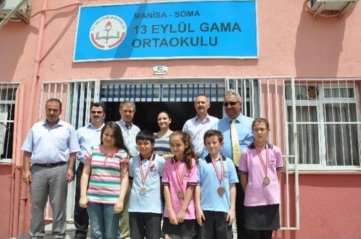 13 Eylül Gama Ortaokulu Öğrencileri Ödüllendirildi