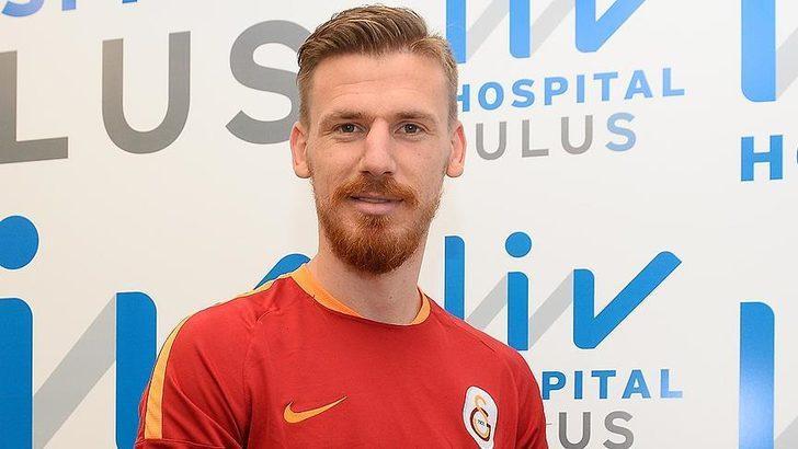 """""""Serdar Aziz'in Fenerbahçe'ye transferi gerçekleşirse alacağı ücret belli oldu. Taraftarlar transfer hakkında anlaşmaya varırken, 3,5 yıllık sözleşme konusunda el sıkışıldı."""""""