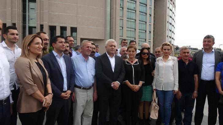 Berberoğlu'nun avukatları davanın durdurulmasını talep etti