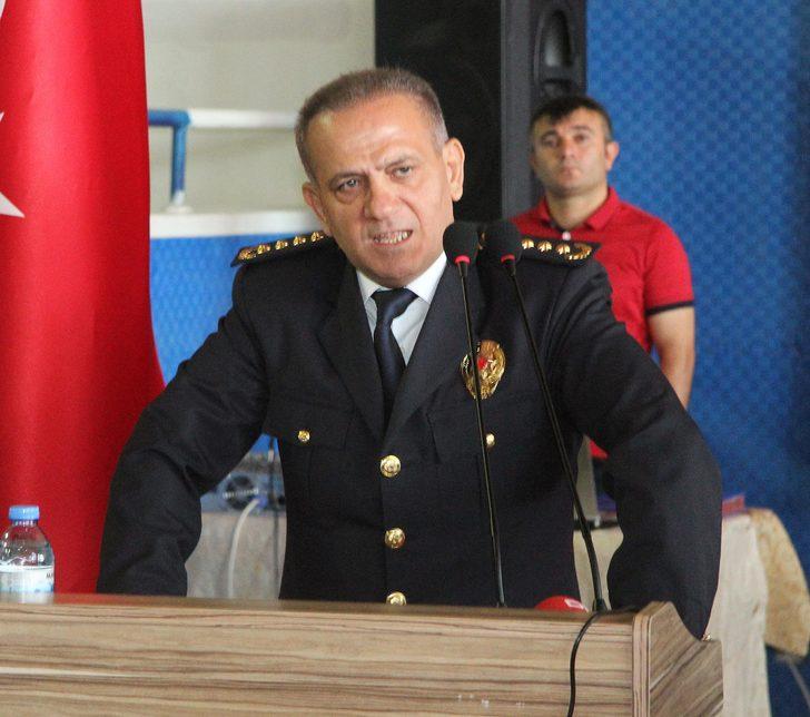 Mezuniyet töreninde polislere cemaat ve tarikat uyarısı