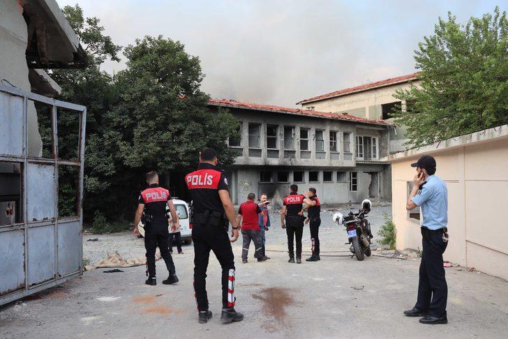 Zeytinburnu'nda fabrika yangını