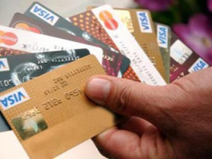 Memurlar kredi kartı borcu batağında!