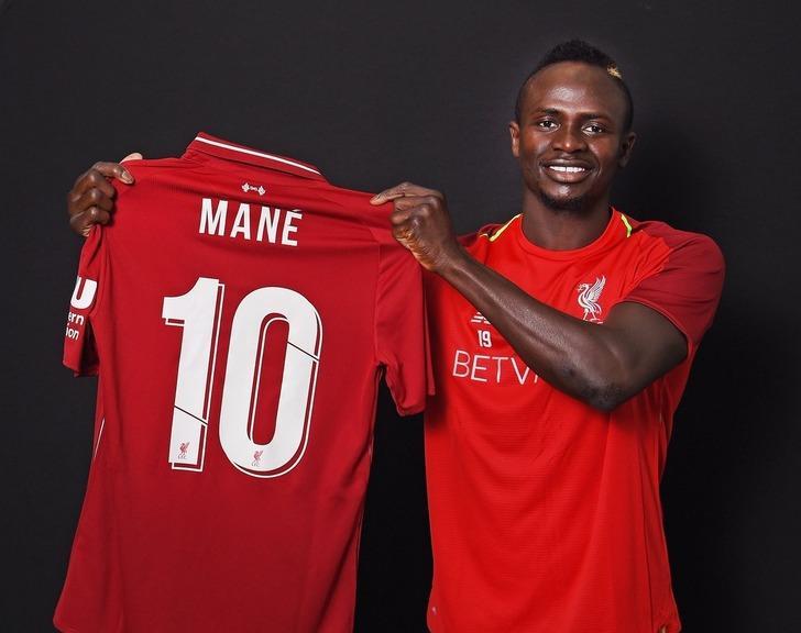 Liverpool'da 10 numara artık Sadio Mane'nin