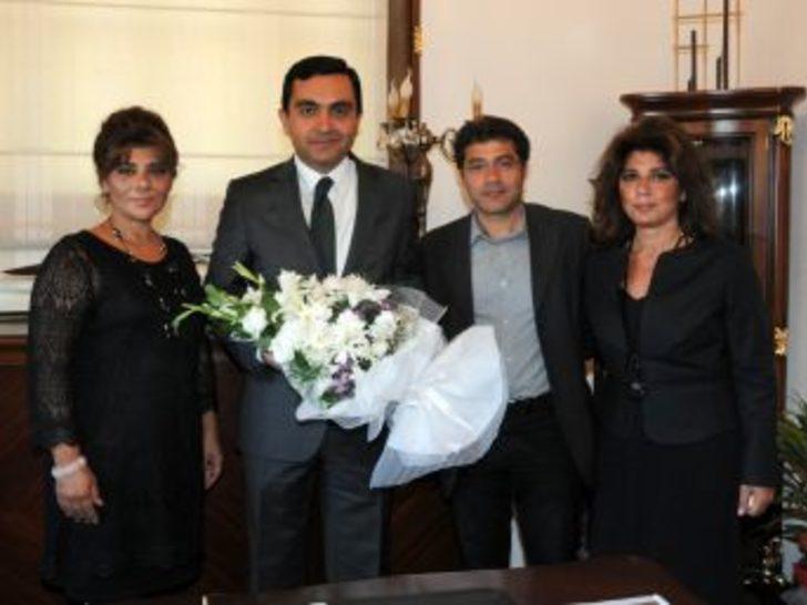 Neşet Ertaş'ın Çocukları Başkan Bahçeci'yi Ziyaret Etti