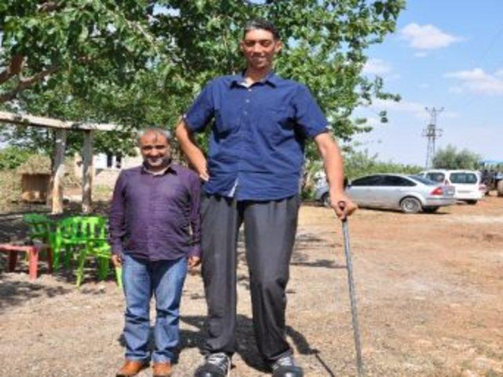 Dünyanın En Uzun Adamı Sultan Kösen Evleniyor