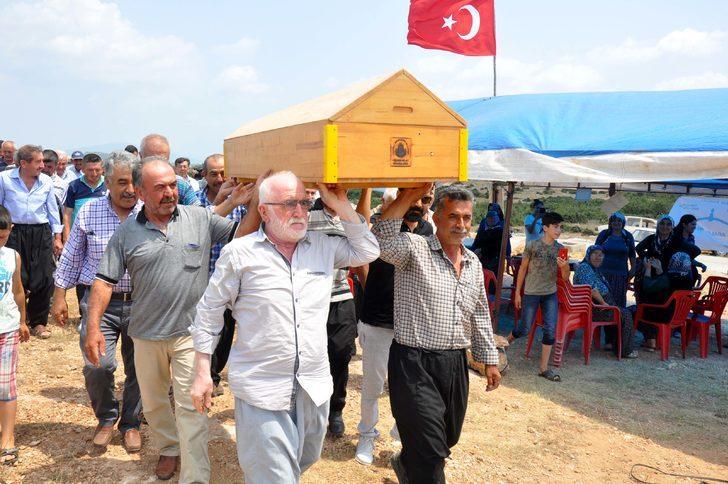 Köylülerden taş ocağına cenaze namazlı tepki