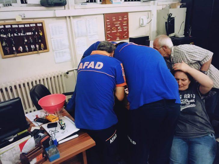 Parmağa sıkışan yüzüğe AFAD operasyonu