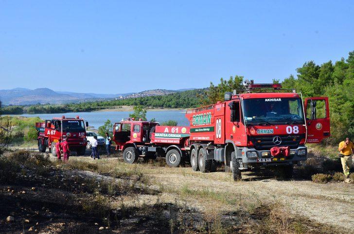 Manisa'da orman yangını (2)