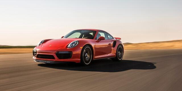 Sızmaz dediler sızdı: Yeni Porsche 911'in fotoğrafları ortaya çıktı!