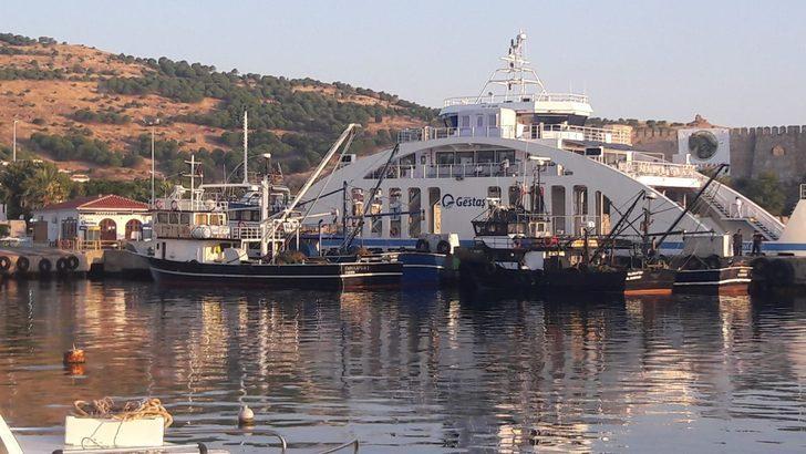 Bozcaada'da yasak sahada balık avlayanlara ceza