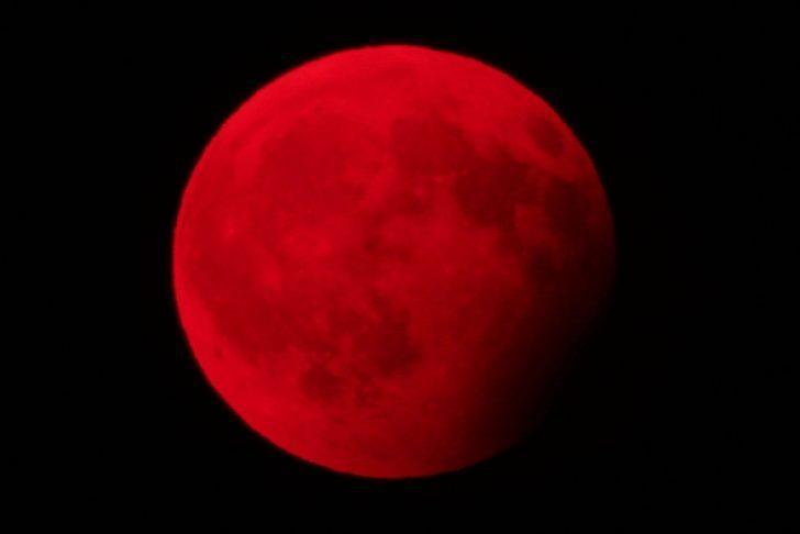 27 Temmuz Tam Ay Tutulmasının  burçlara etkileri nasıl olacak? Kanlı Ay Tutulmasında hiçbir şey göründüğü gibi değil...