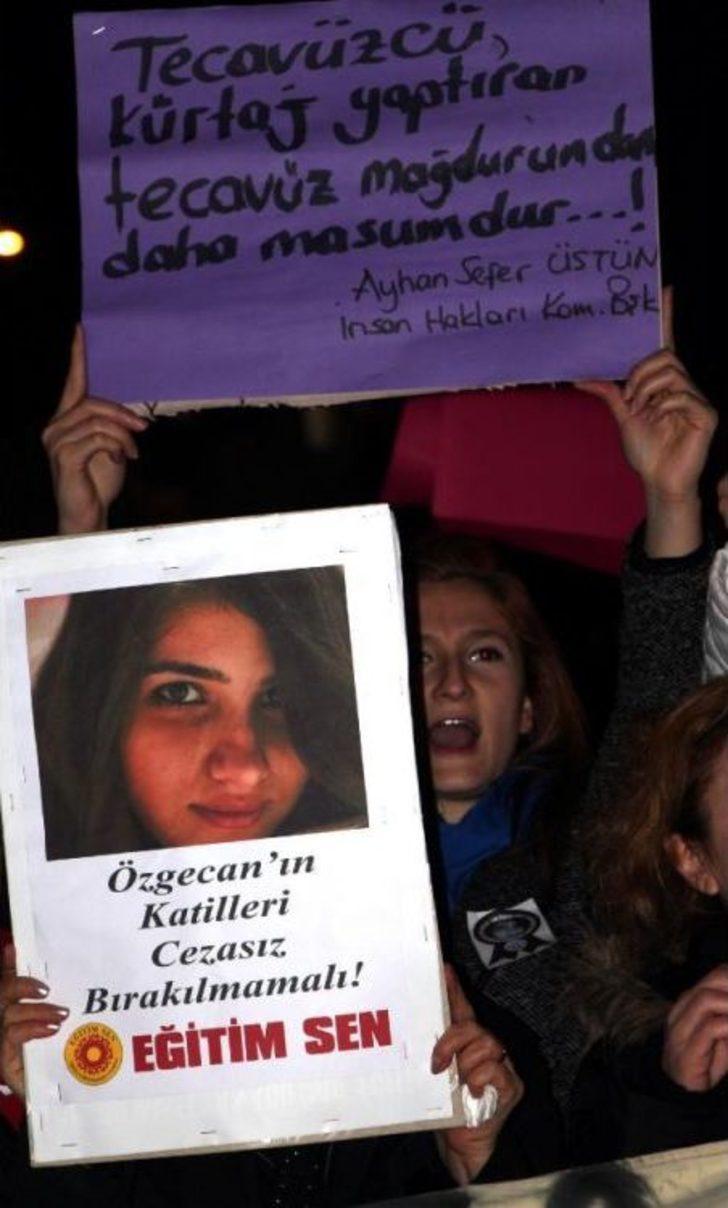 Zonguldak'ta Özgecan'ın Öldürülmesi Protesto Edildi