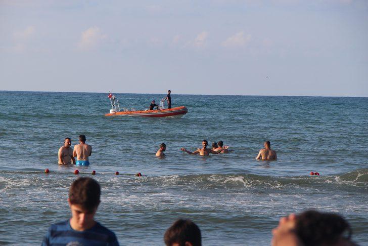 Samsun'da denize giren genç boğuldu