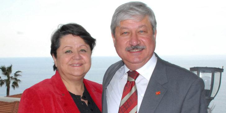 Mustafa Akaydın'ın eşi hayatını kaybetti