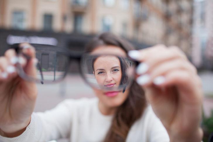 Çocuklarda astigmatın belirtileri neler 91
