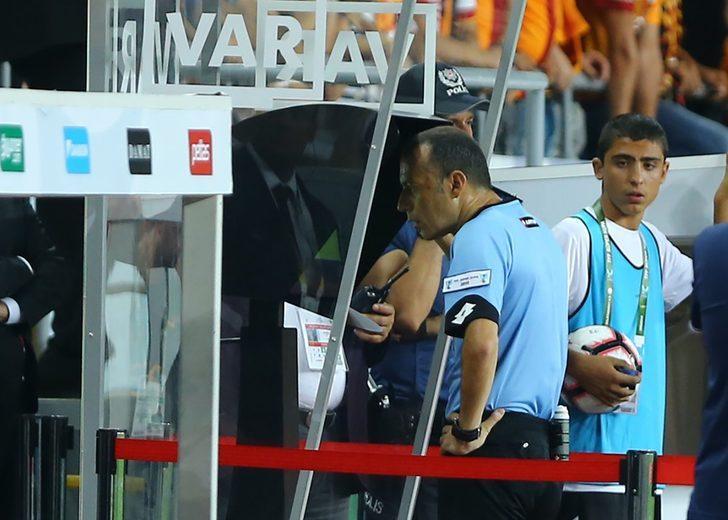 Süper Kupa'ya Cüneyt Çakır damga vurdu