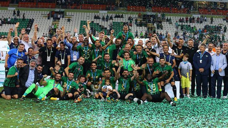 Akhisarspor tarihinde ilk kez Süper Kupa'yı kazandı