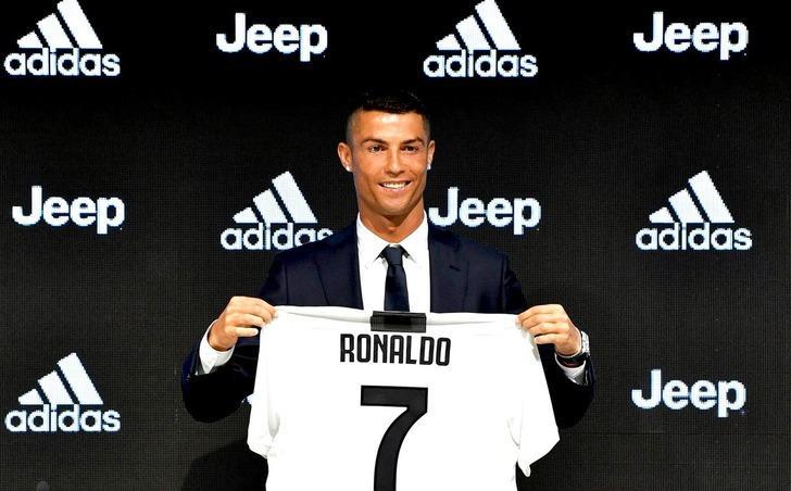 Juventus sadece Cristiano Ronaldo ile forma satış rekoru kırdı