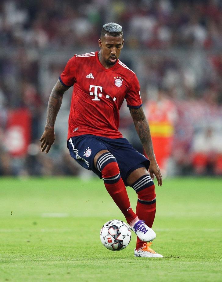 Jerome Boateng, Manchester United'ı reddetti