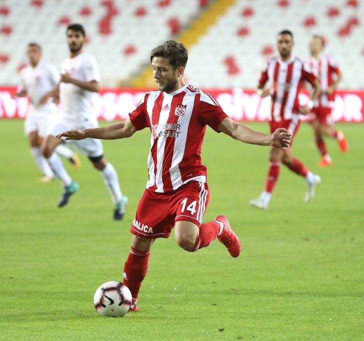 İLKER SAYAN | Sivas Belediyespor > Demir Grup Sivasspor