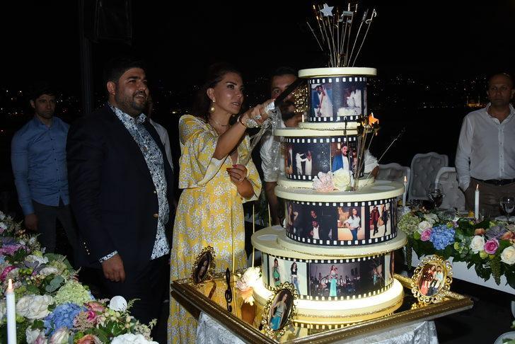 Ebru Yaşar'a eşinden doğum günü sürprizi
