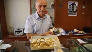 20 kilo altın ile 500 bin dolar bozdurdular