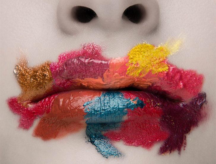 Dolgun dudaklarınızla cazibenizi pekiştirin!