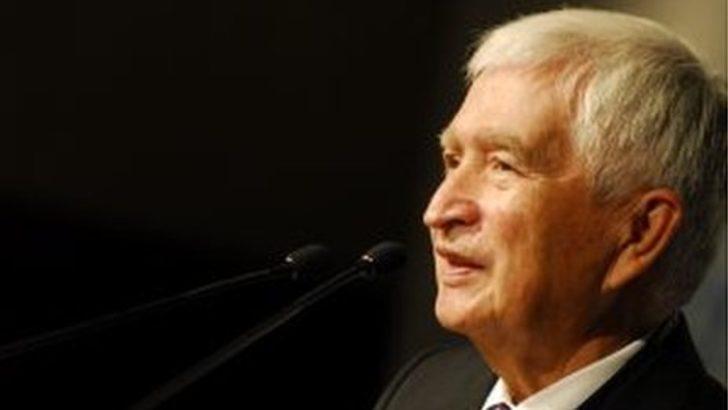 Ekonomist Güngör Uras hayatını kaybetti