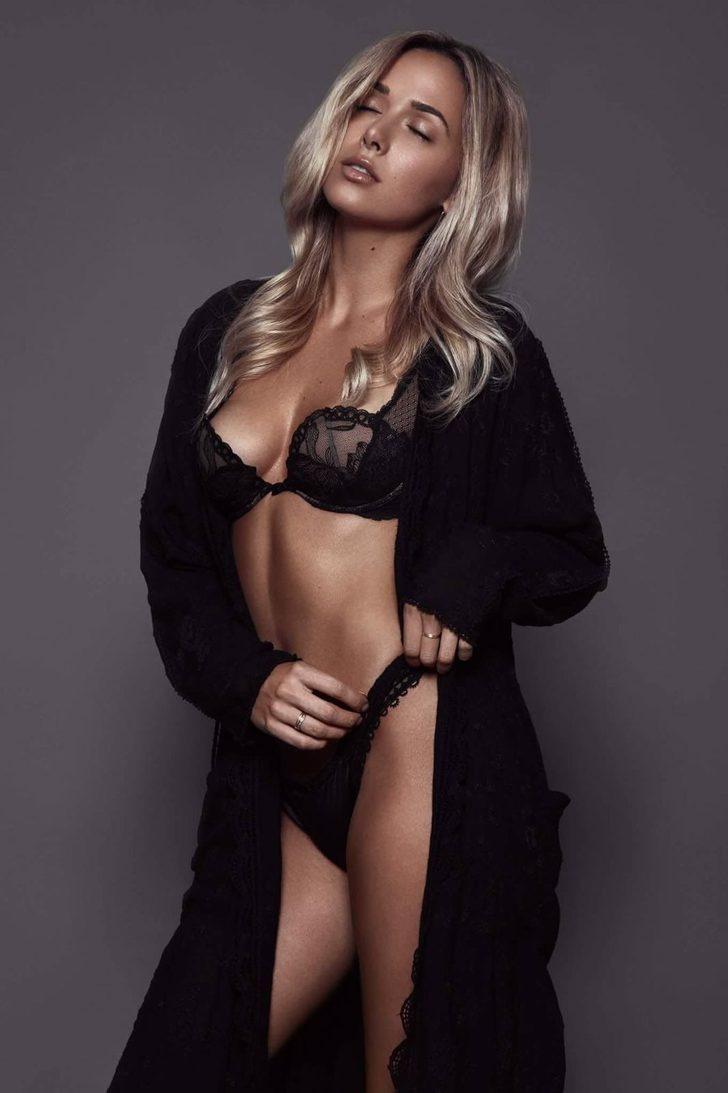 Türkiye'deki model menajerleri ve ajanslar da Daniella'nın peşinde.
