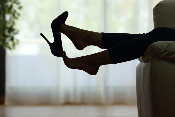 Kadınların vazgeçilmez tutkusu! Topuklu ayakkabı giymenin de kuralları var