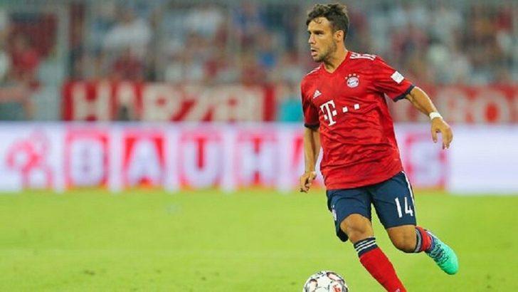 Bayern Münihli Juan Bernat, PSG yolunda