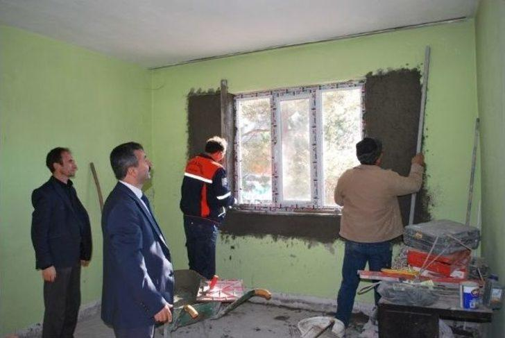 Konutun onarımı için duvar onarımı