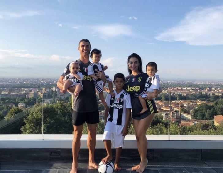 Cristiano Ronaldo'nun oğlu Ronaldo Jr'a transfer teklifi
