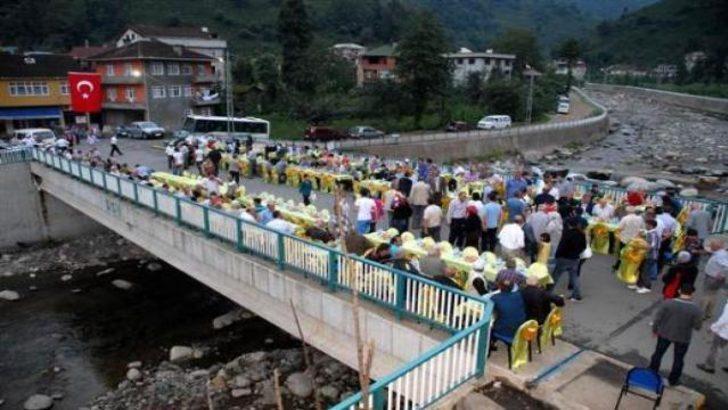 Albayrak'tan köprüde iftar