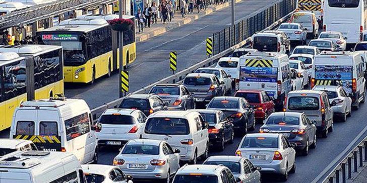 Hıncal Uluç'ta İstanbul trafik müdürüne: Nazik poponu o makam odandan  kaldır - Son Dakika Haberler